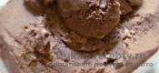 Шоколадное мороженое с конжаковой камедью